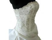 сватбена рокля тип бродерия обсипана с перли в 2 гами 2015