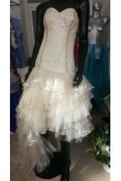 асиметрична къса - дълга луксозна висококачествена рокля тип корсет обсипана с камъни