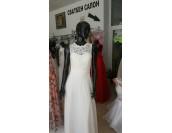разкроена булчинска рокля подходяща и за едри или бременни дами с гол гръб