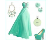 красива рокля със сияеща декорация в много гами