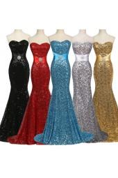 абитуриентска рокля обсипана с пайети